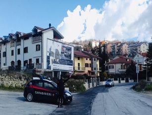 Due coniugi positivi al Covid-19 violano la quarantena.. I carabinieri agnonesi sorprendono pure un uomo  in possesso di droga