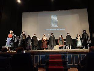 """Agnone, grande successo per il primo spettacolo teatrale """"Dialettando con il Fuoco"""""""