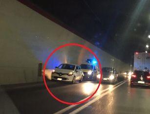Auto in panne in piena  galleria con  nonno  e due piccoli nipoti  a bordo Grazie all'intervento  di polizia e carabinieri tutto è andato bene