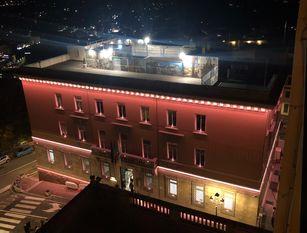 Illuminato e benedetto dal vescovo Mons. Spreafico il nuovo Palazzo comunale di Frosinone