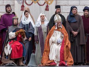 """A Isernia oggi la seconda Edizione de"""" Il ritorno del Santo"""" Una grandiosa rievocazione in costume del 13° secolo  a cui è impossibile mancare."""